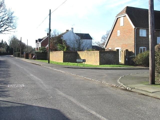 Homeside Farm cul-de-sac off Bossingham Street