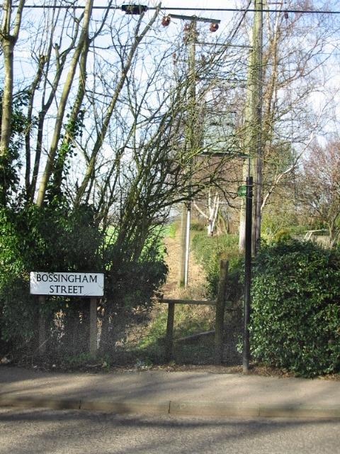 Footpath and stile, Bossingham Street