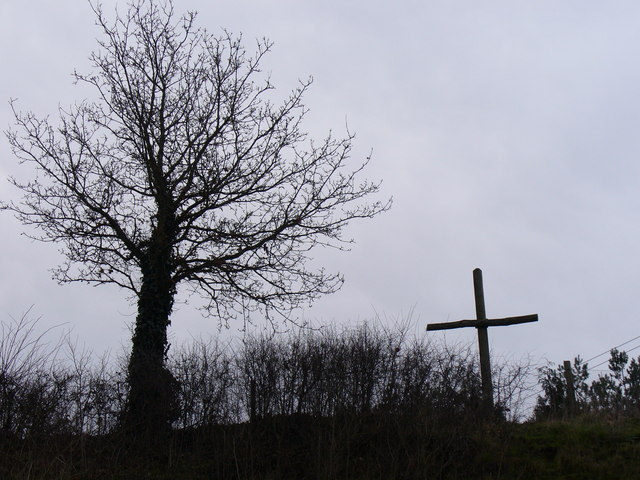 Tree and Cross at Baker's Corner