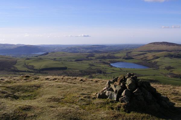 Cairn on Longlands Fell