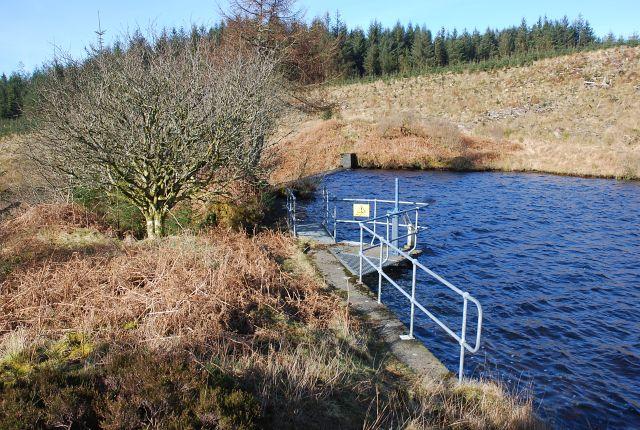 Dam on Blackmill Loch