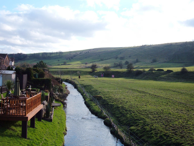 River Beal, Newhey