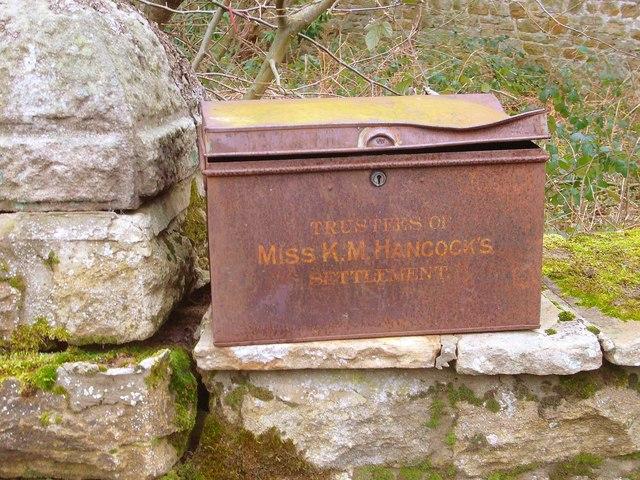 Unusual 'Mail Box'