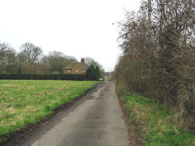 Looking S along track to Hode Farm