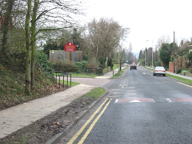 Old Dover Road and entrance to St Anselm's School