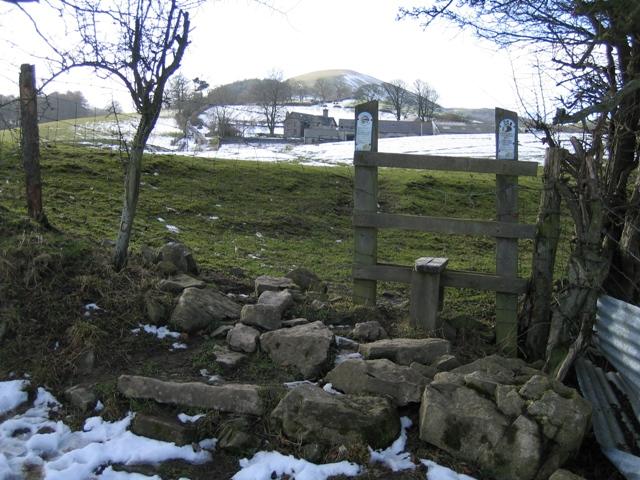Footpath from Llanarmon yn Ial