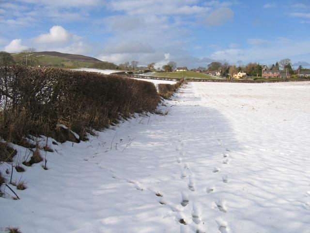 Footpath near Llanarmon yn Ial