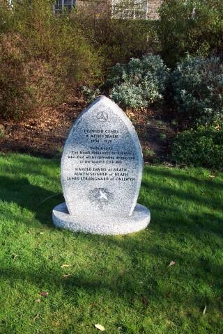 Spanish Civil War Memorial, Victoria Gardens