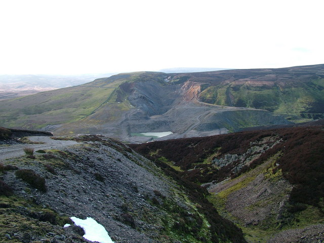 Green Pot and ponds at Closehouse Mine