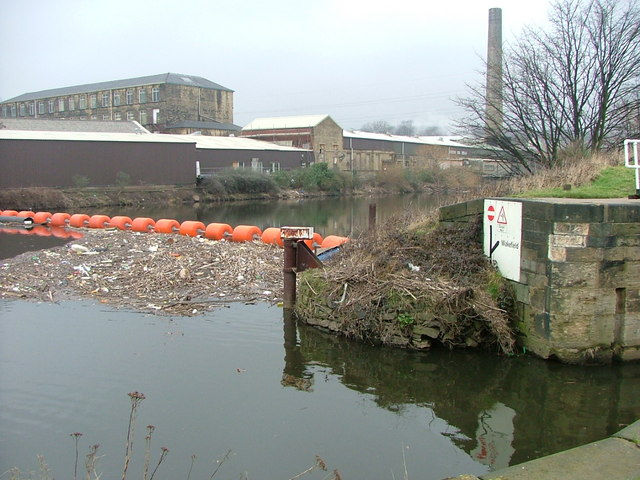 Junction of the River Calder and the Calder & Hebble Navigation Canal