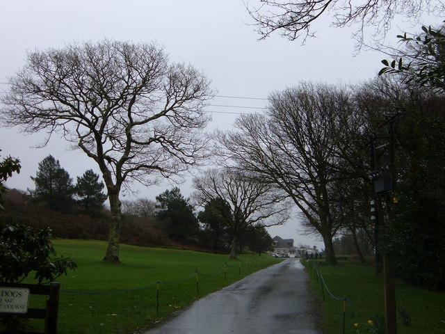 Looe Golf Club Entrance Drive