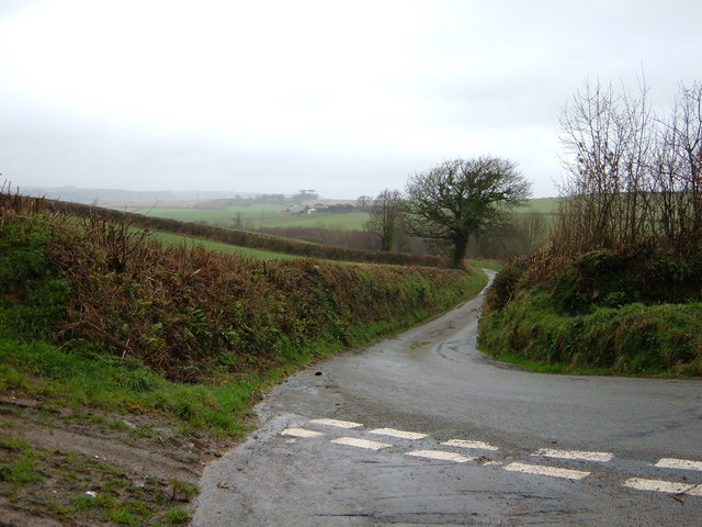Winding Lane looking west