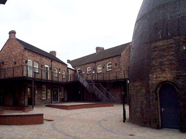 Dudson Pottery, Hanley