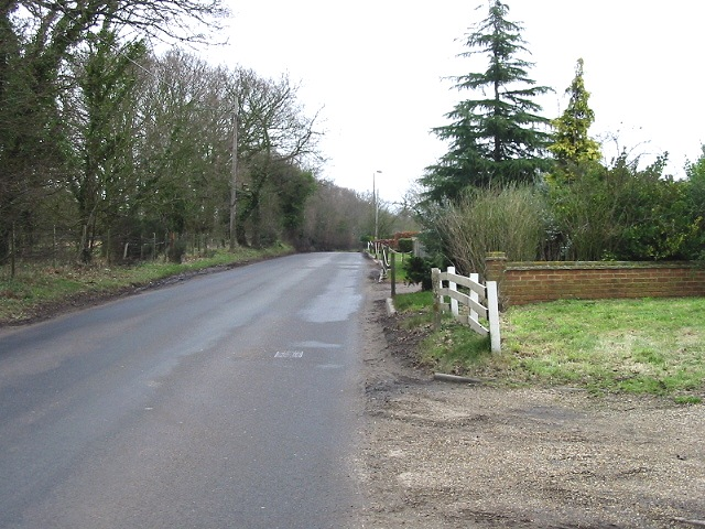 Looking NE along Stodmarsh Road