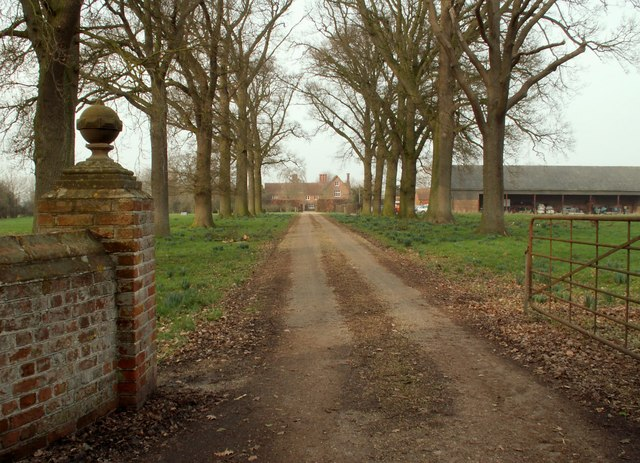 The driveway to Chickering Hall Farm