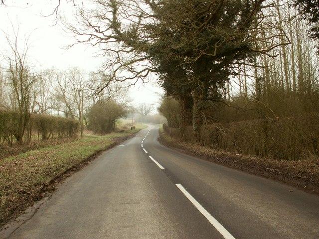 The B.1118 heading towards Dennington