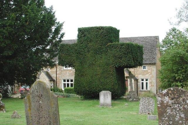 St Lawrence, Wyck Rissington, Gloucestershire - Churchyard