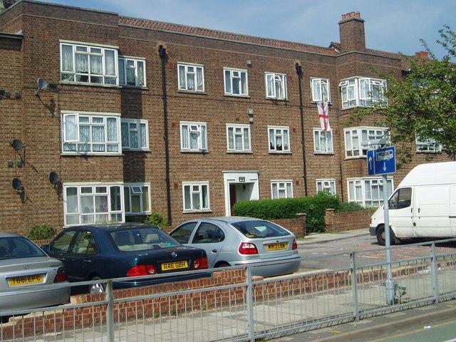 London Road flats, Barking