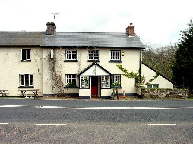 The Castle Inn Pengenffordd