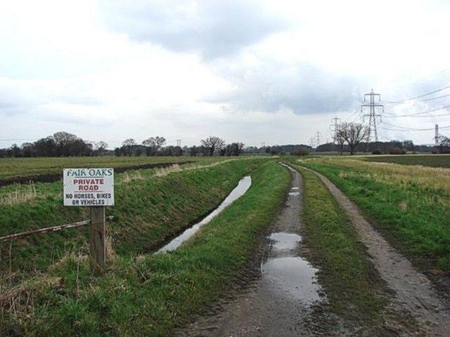 Private Road to Fair Oaks Farm