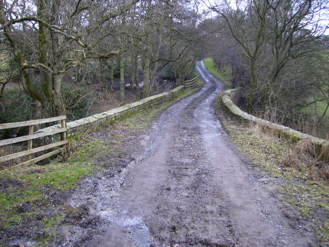Bridge over beck near Keeper's Old House