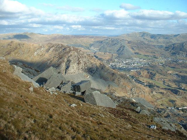 Boulders on Moel-yr-Hydd