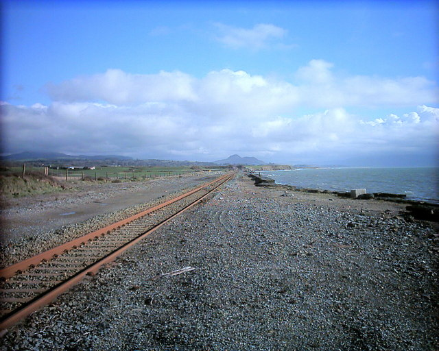 Cambrian Coast line heading towards Criccieth from Afonwen