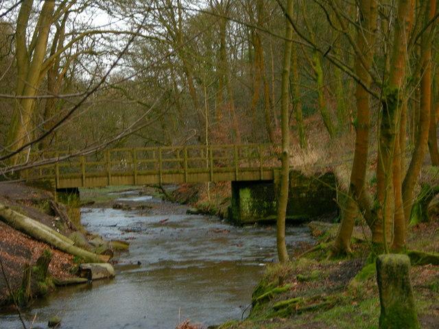 Bridge near Redisher farm, Redisher Wood