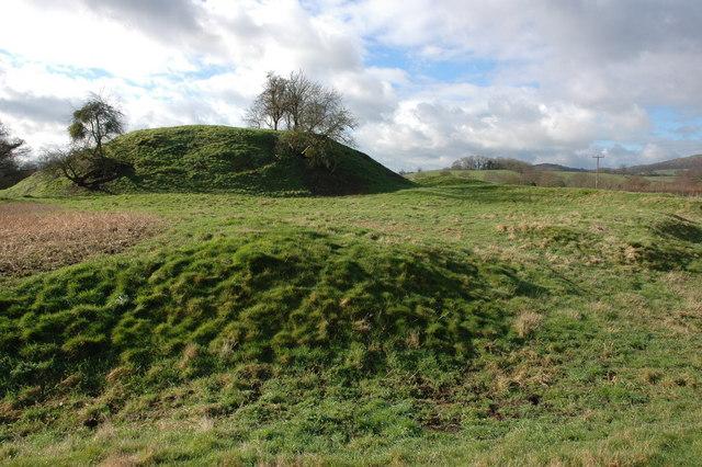 Motte and Bailey, Castlemorton