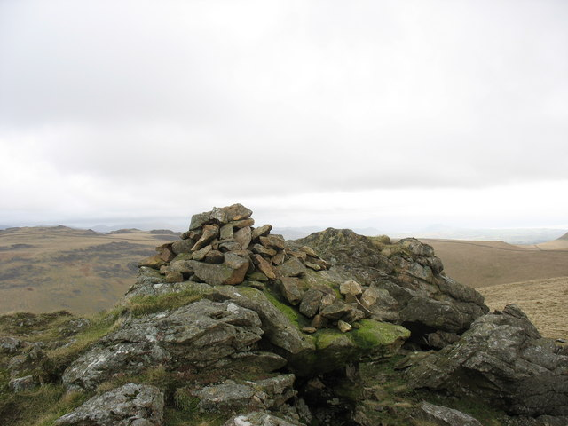 The summit cairn of Gyrn Goch