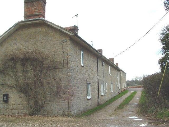 Kennel cottages, Cottisford