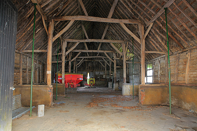 Interior Of Old Barn At Firgo Farm 169 Peter Facey Cc By Sa