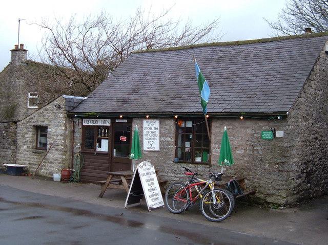 The Old Smithy, Monyash