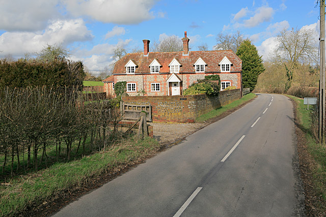 Bourne Cottage on the B3048 at Hurstbourne Priors