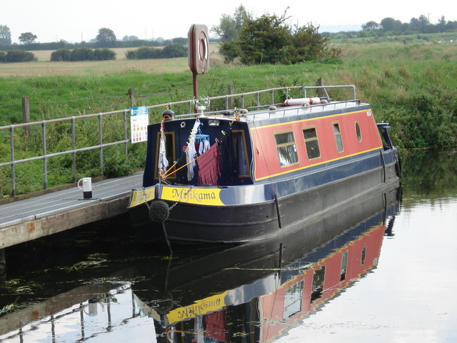 Canal Boat on River Cam at Bottisham Lock