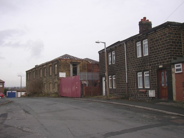 Disused factory, Occupation Lane, Batley