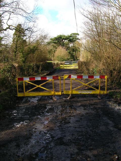 Road Closed, Cottage Lane