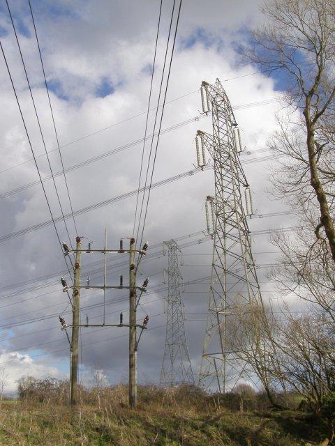 Pylons, Nursling