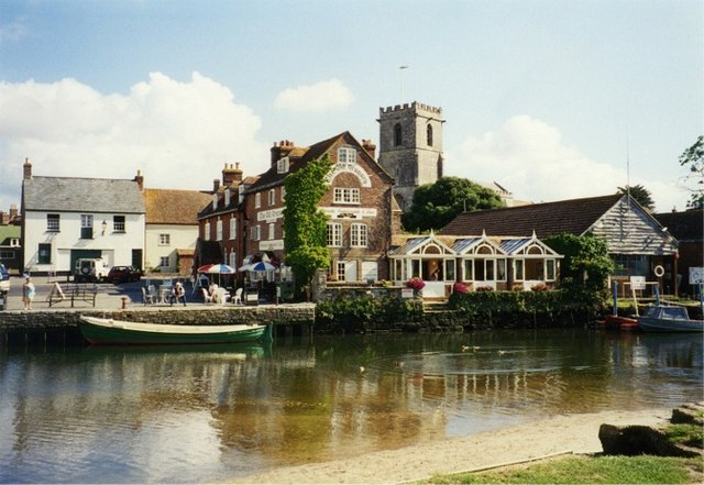River Frome flowing past the Old Quay at Wareham