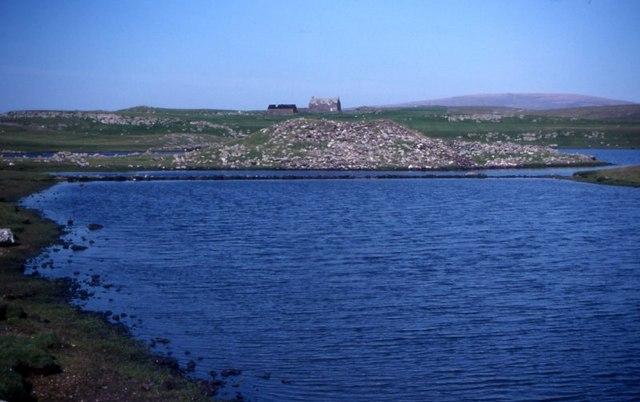 Loch of Houlland broch