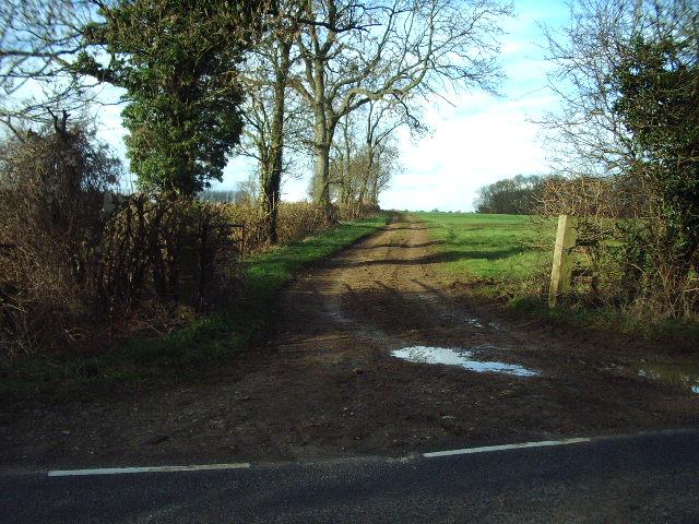 Muddy track to Slade Farm
