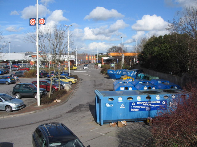 Recycling at Harry Stoke