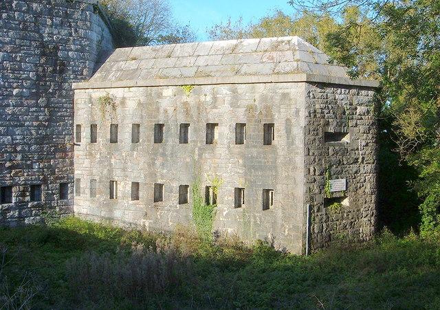 Scraesdon Fort - Caponier