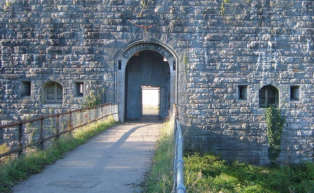 Scraesdon Fort - Entrance