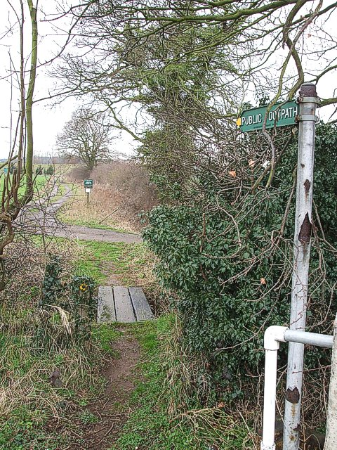 Public footpath from Fordfield Road