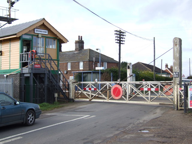 Level Crossing, Spooner Row