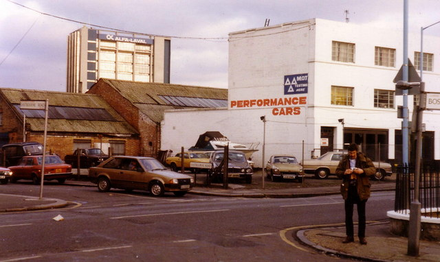 Windmill Road, Brentford in 1987