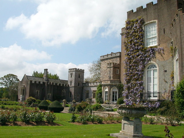 Powderham Castle, river side