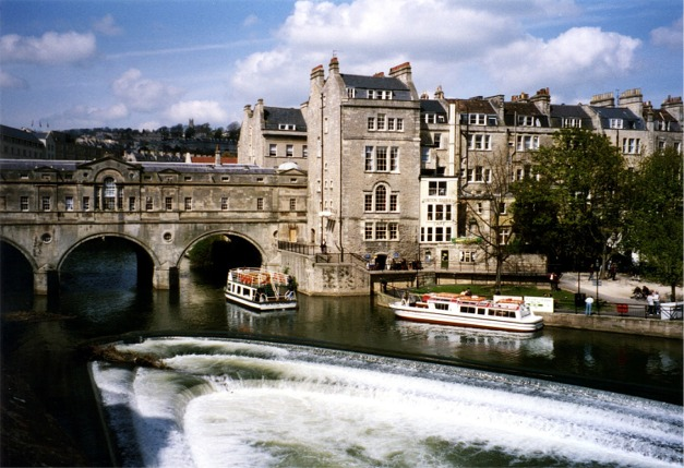 Weir on the Avon at Bath
