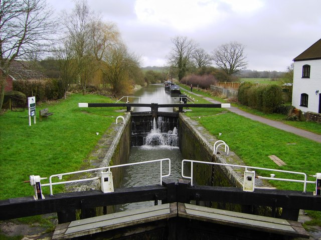Kennet and Avon Canal, Wootton Rivers looking north-east